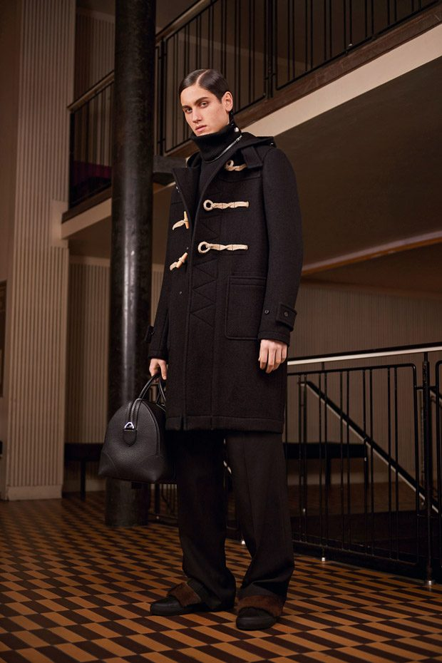 Givenchy Pre-Fall 2017 Womenswear Collection