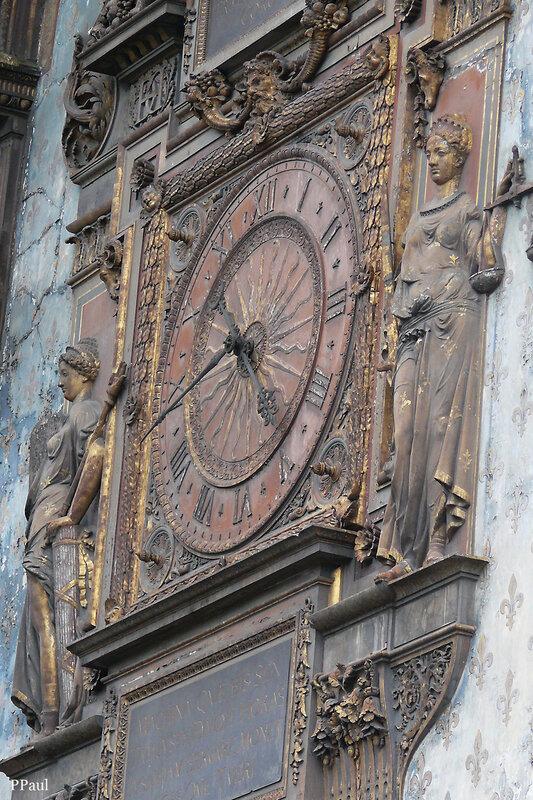 Консьержери..... часы с Фемидой....