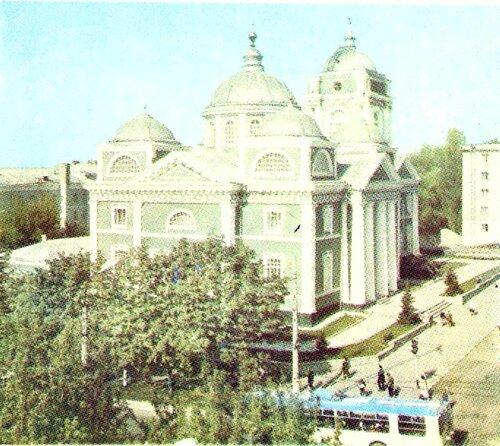 Троллейбус на ул. Попова, 1983, фото Гринякина