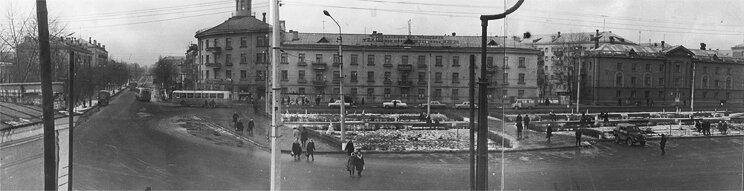 Троллейбусы ЗиУ-5 Вокзальная площадь - пр. Ленина, начало 1970-х