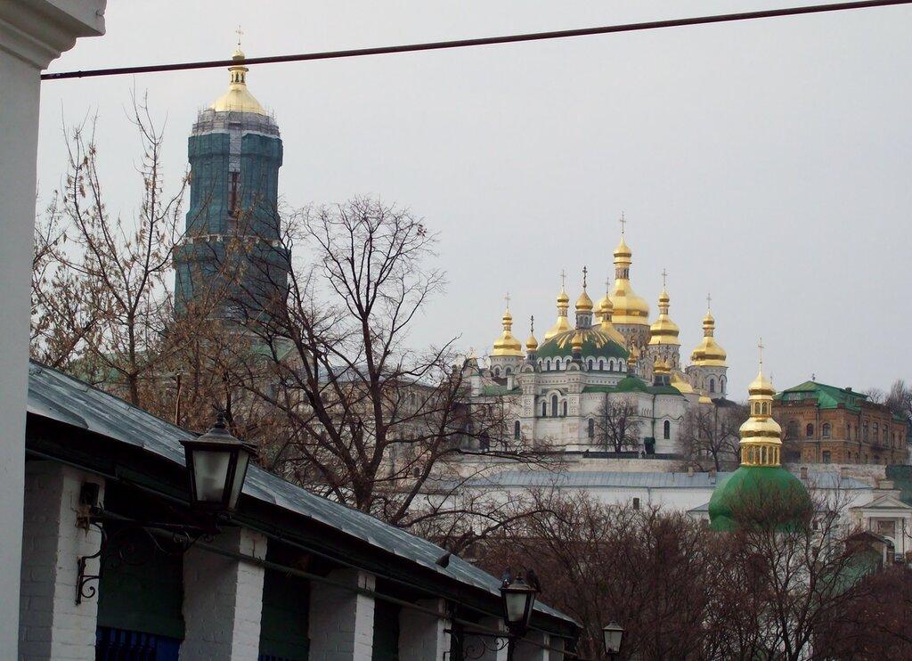 Большая колокольня и Трапезный храм