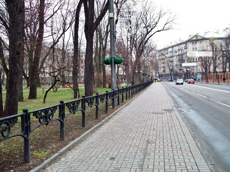ограда мариинского парка