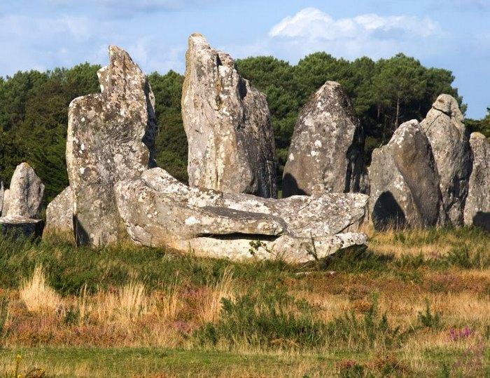 Древнейшие рукотворные сооружения - менгиры