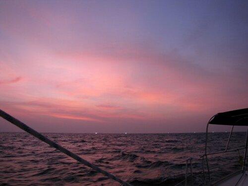Огни рыбаков в Андаманском море