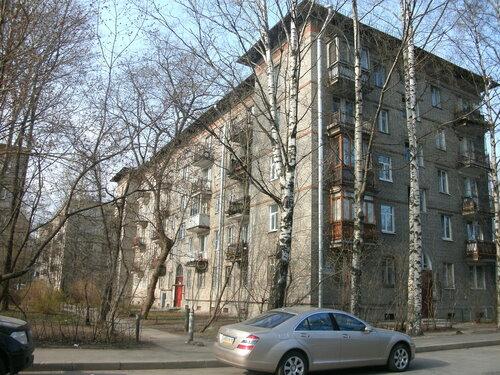 Дрезденская ул. 18