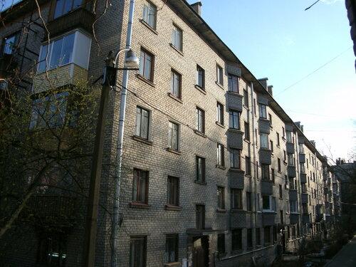 Дрезденская ул. 28