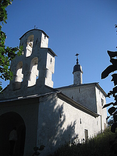 Церковь в Изборске