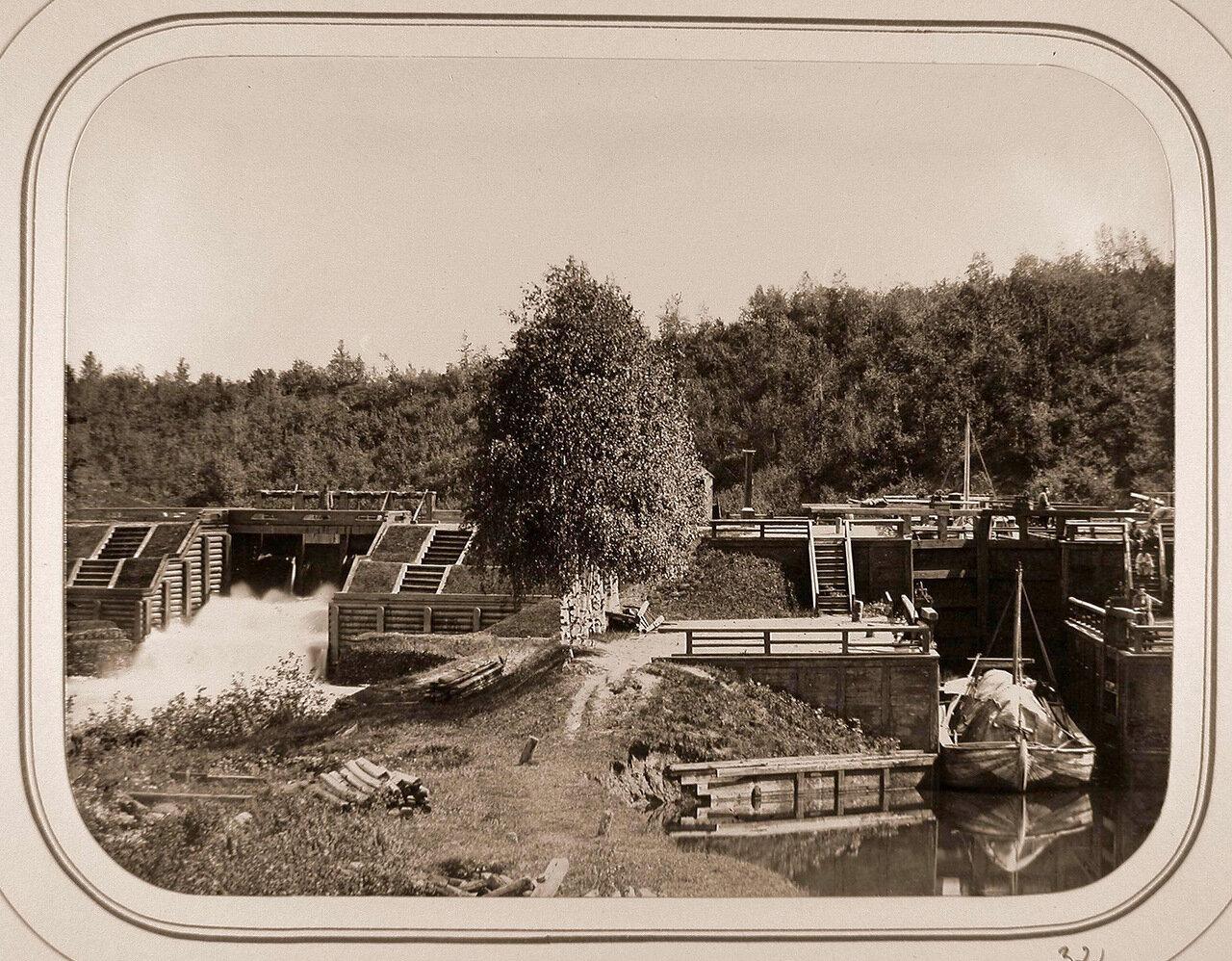 Вид на Виленскую плотину и шлюз