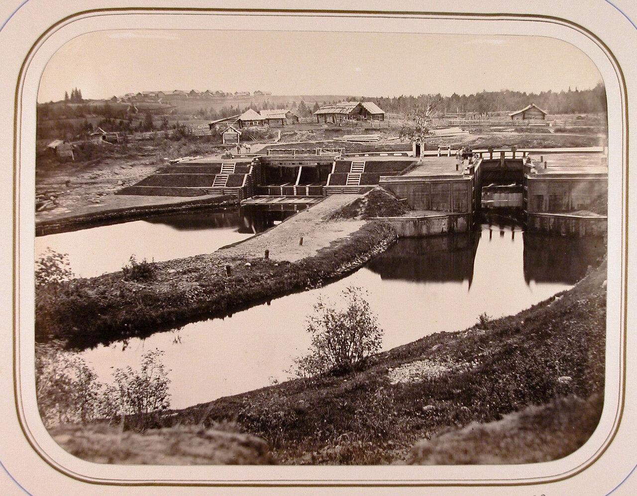 Вид на Киевскую плотину и шлюзы