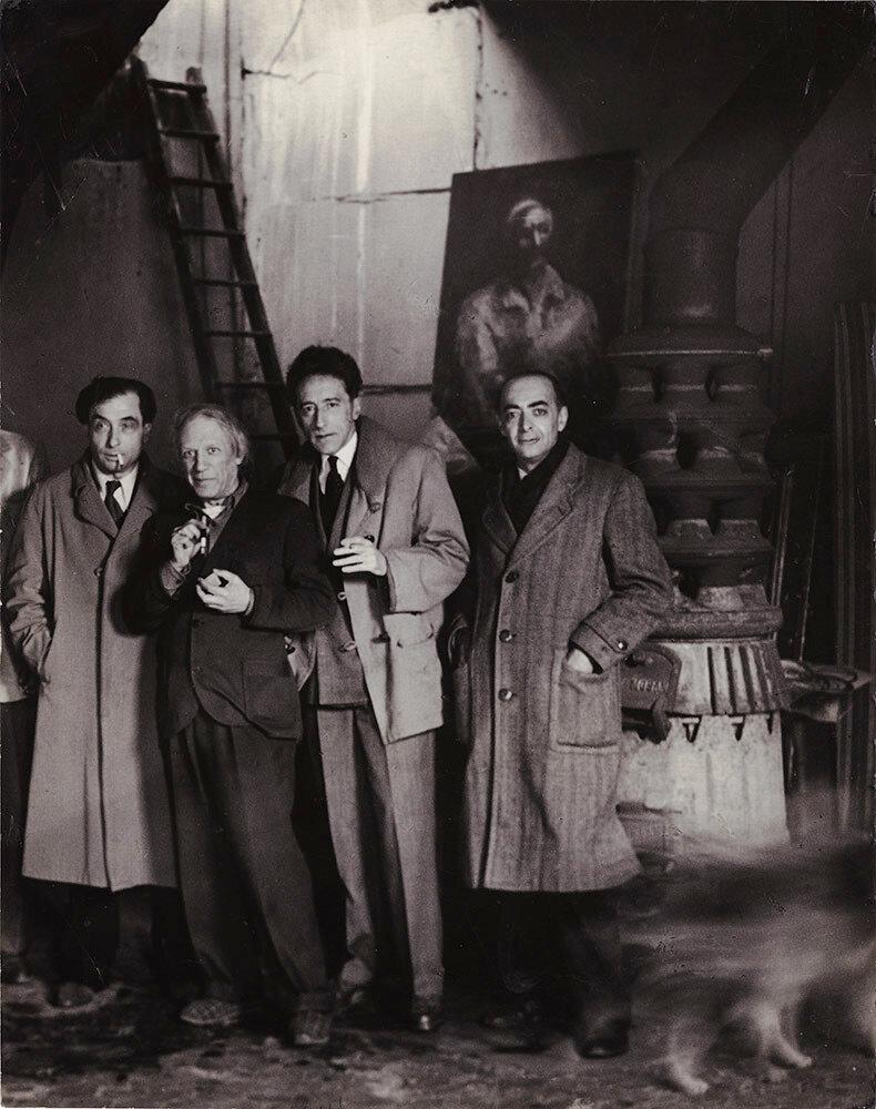 1944. Пьер Риверди, Жан Кокто, Пикассо и Брассай на студии Пикассо. Париж