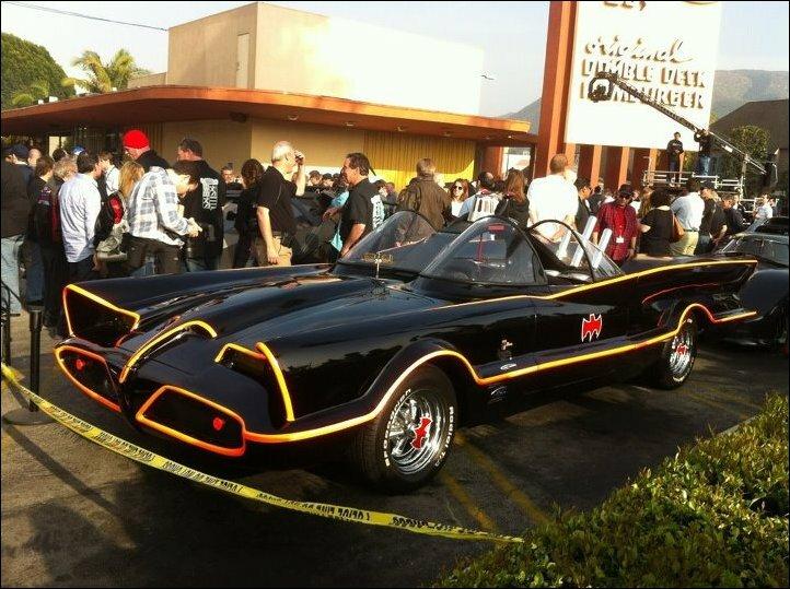 Парад бэтмобилей в Калифорнии