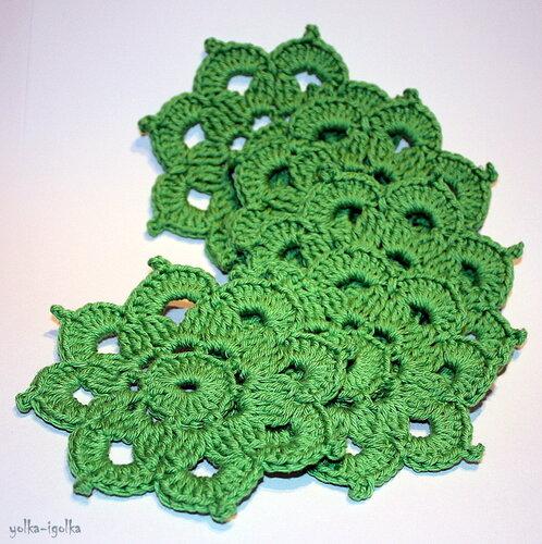 Набор из 5 небольших зелёных салфеток