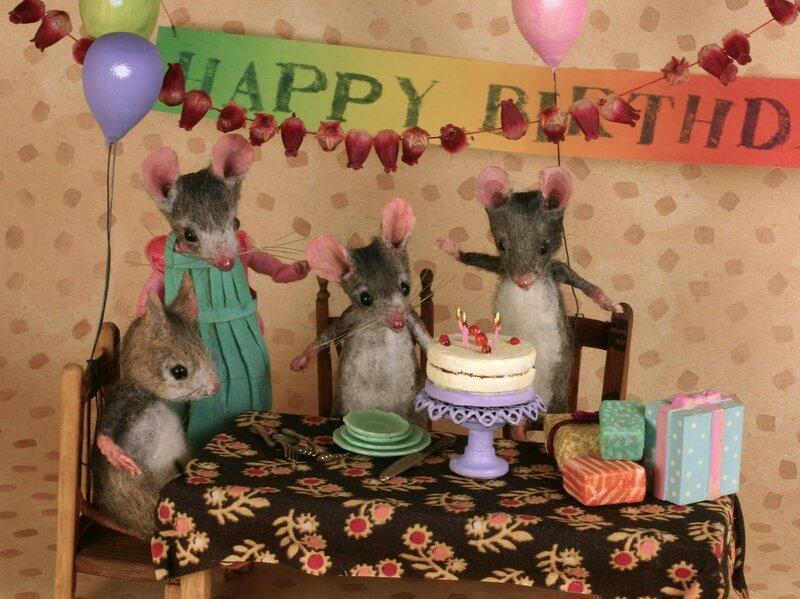 Открытка с днем рождения с мышами 76