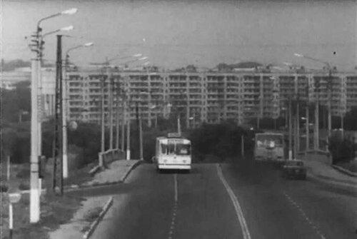 Троллейбус на Богданке, 1979