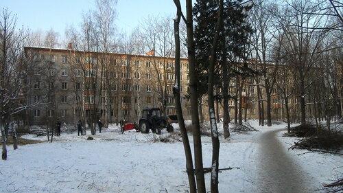 Гданьская ул. 12