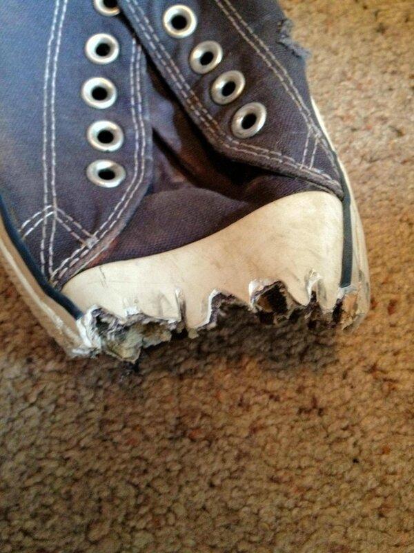 Завязывайте шнурки, когда едете по эскалатору