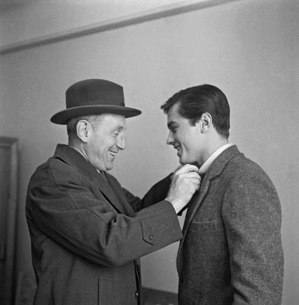 1959. На съемках «Дороги школяров» с Бурвилем