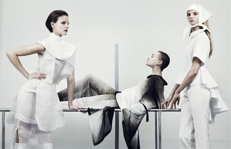 Сара Бломквист (Sara Blomqvist), Хедвига Палм (Hedvig Palm), Ханна Свенссон (Hanna Svensson) и Моа Хедстрем (Moa Hedstrom) в журнале Bon International / фотограф Marcus Ohlsson