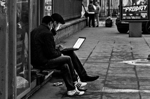Весна: ловцы бесплатного Wi-Fi