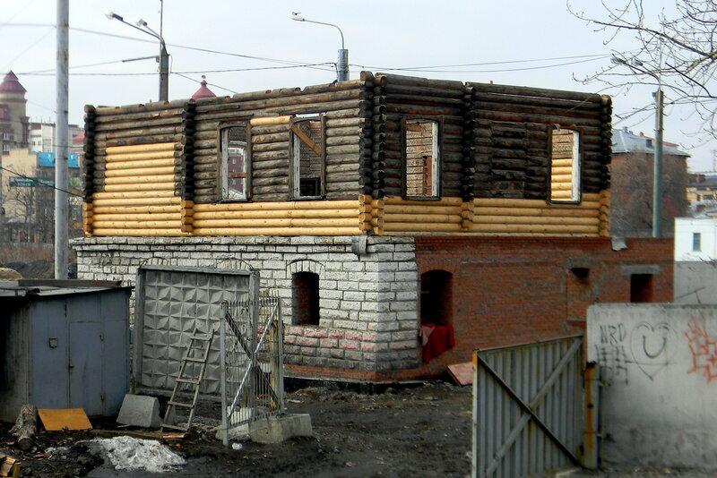 По ул. Бр. Кашириных