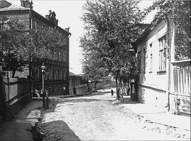 506. Второй Ростовский переулок