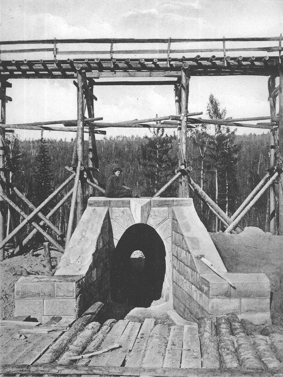 32. 2551 верста. Каменная труба отв. 0,75 саж. Строительный период 1909