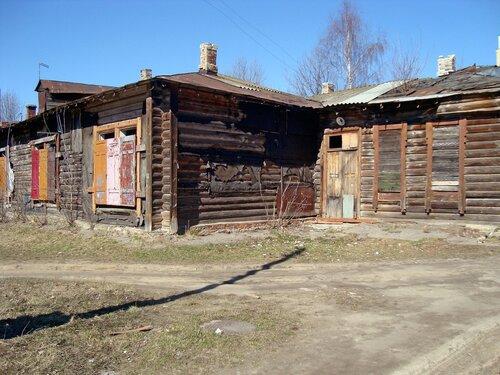 В старом дворе