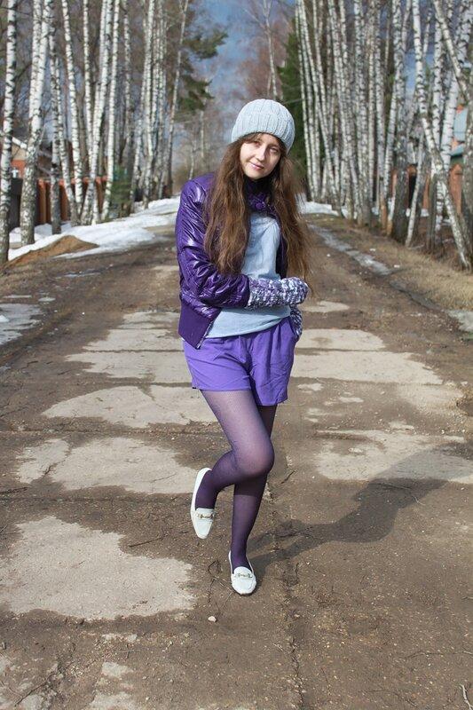 В фиолетовом