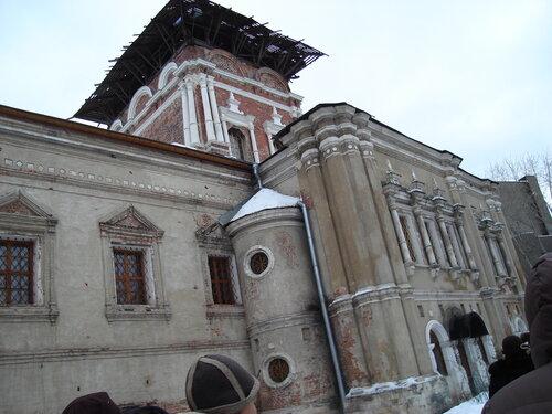 Храм Тихвинской иконы Божией Матери с трапезной палатой
