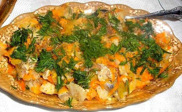 Блюда из селедки, бутерброды, закуски и салаты, ре