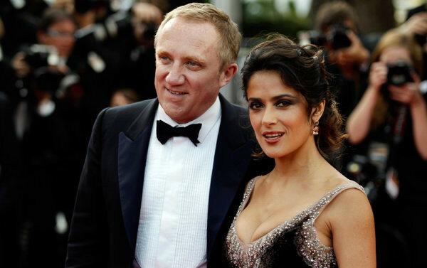 Сальме Хайек было 42 года, когда она вышла замуж за миллионера, который гораздо старше актрисы, Франсуа Анри Пино.