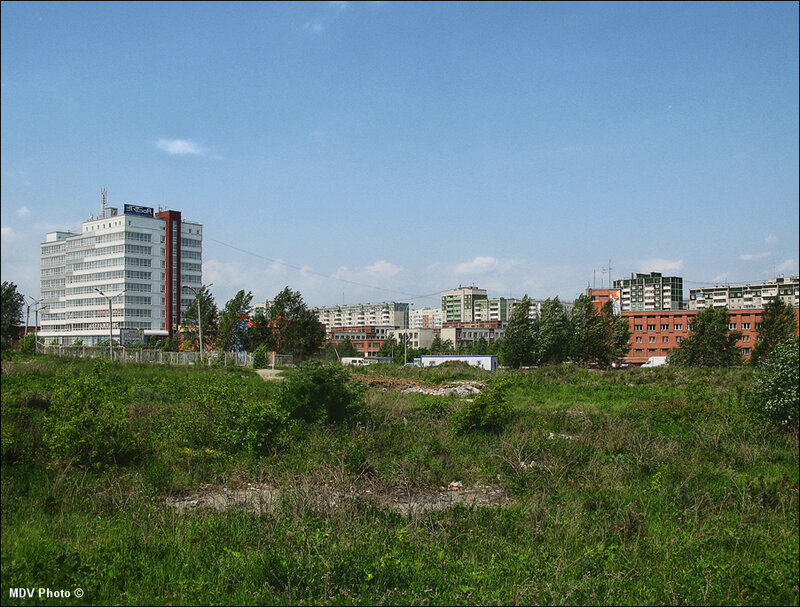 Зады завода РТИ.