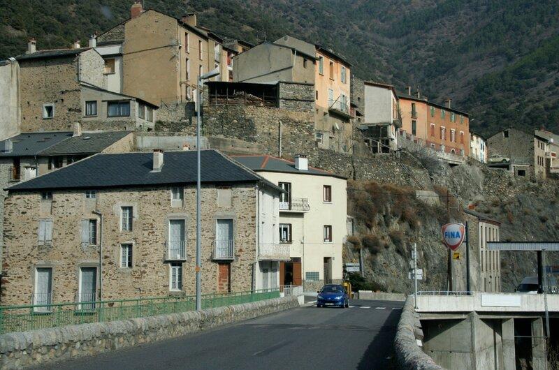 Старинный городок в Восточных Пиренеях