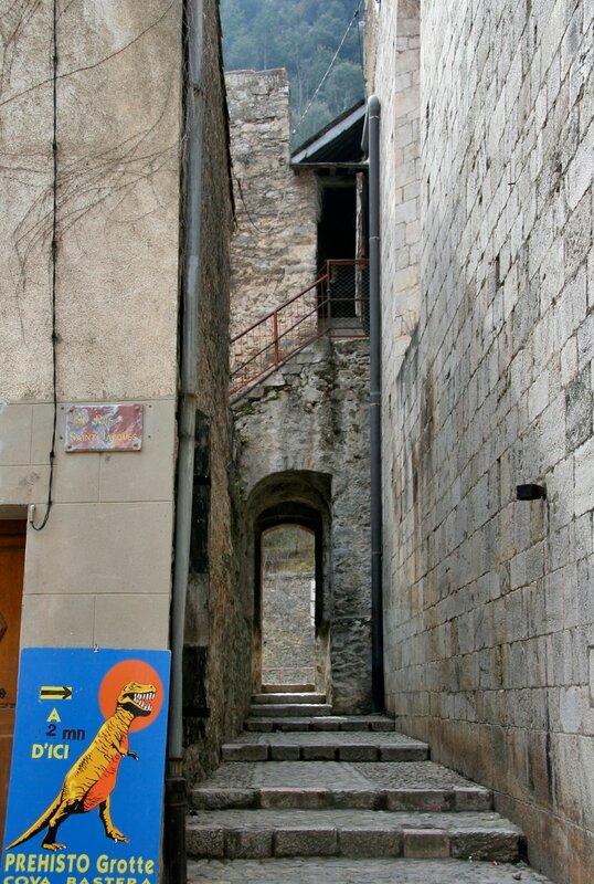 Переулок, Вильфранш-де-Конфлан