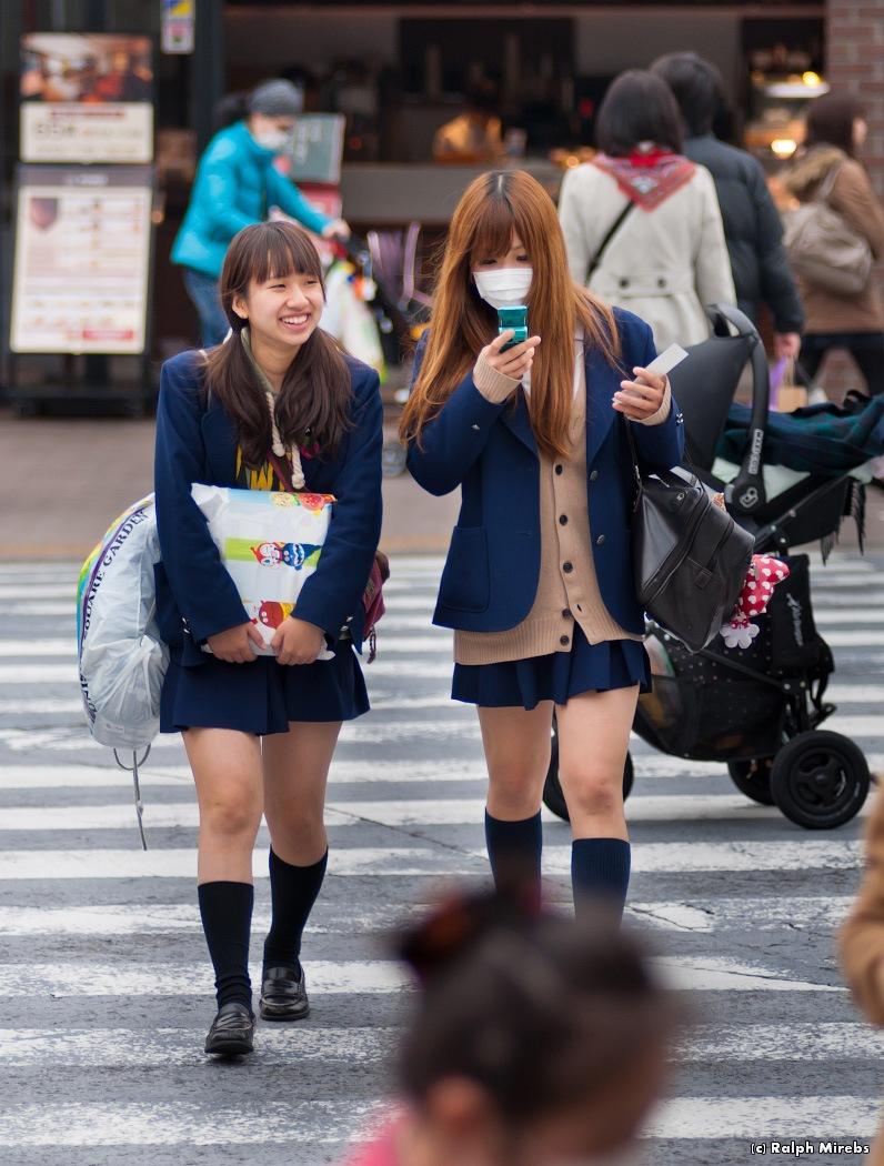 Видео японок школьниц голых 6 фотография