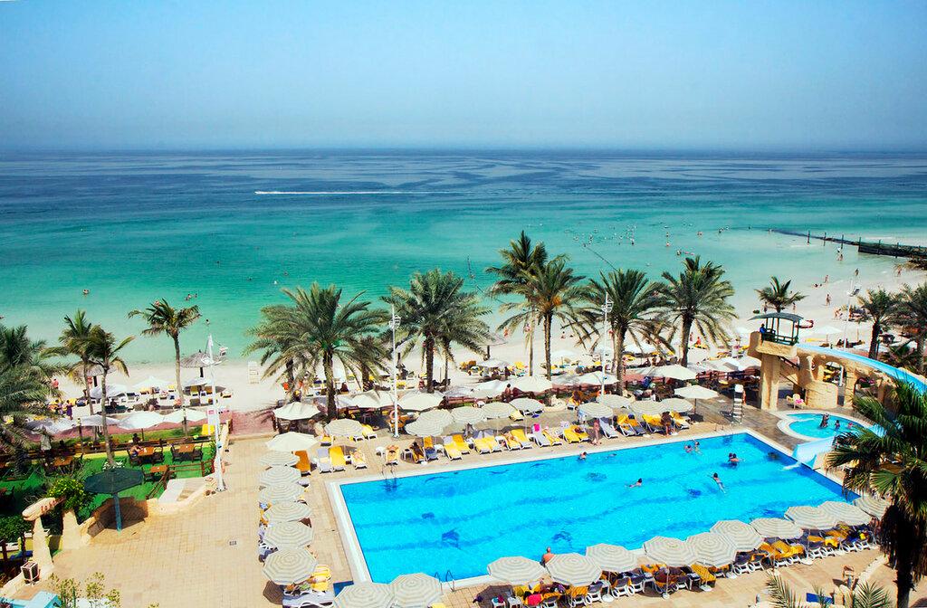 UAE  Costa Azul do Emirado de Sharjah.