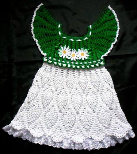 Ye�il/Beyaz t��i�i elbise modeli