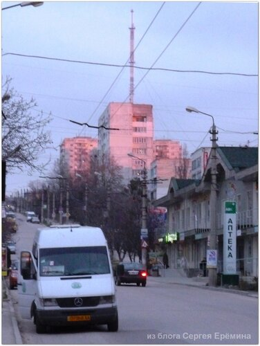 Розовый вечер на проспекте Победы