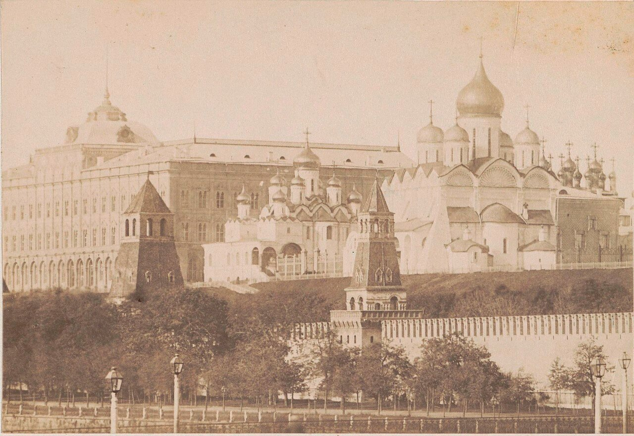 419. Вид на Кремль. 1878