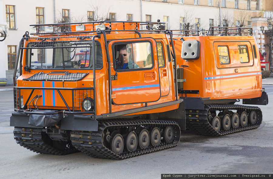 Сотрудники пожарной службы и МЧС Твери отметили свой ...