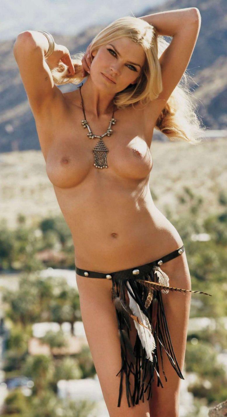 May Andersen / Мэй Андерсен в журнале Playboy США, май 2012