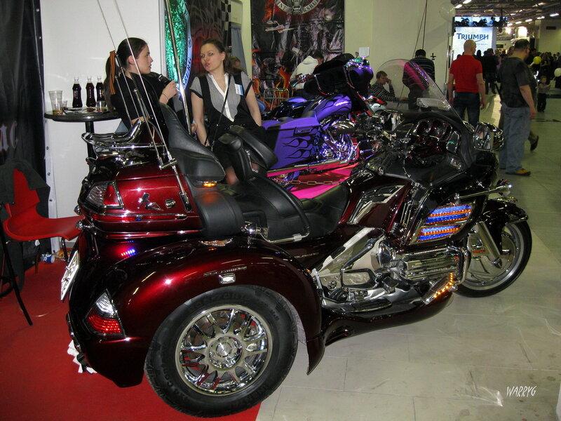 Стенд мотоклуба «GRIM ROVERS MC».