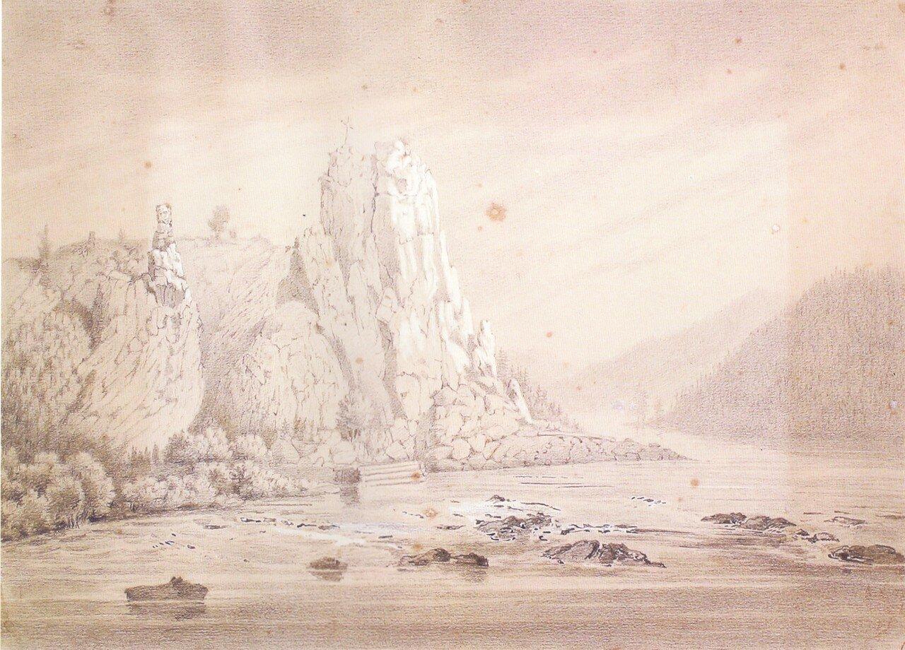 82Скала над рекой Малая Бирюса.jpg