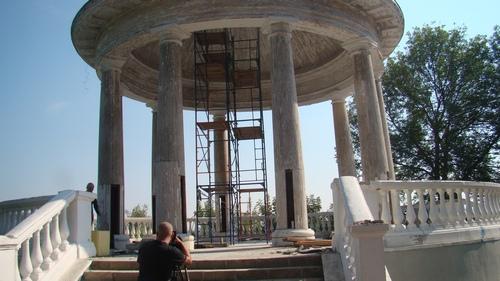 Реставрация ротонд в Александровском саду