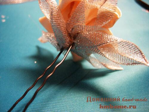 Заколка для волос из атласных лент