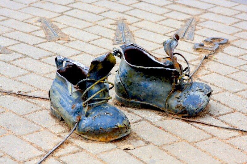 Ботинки-компас