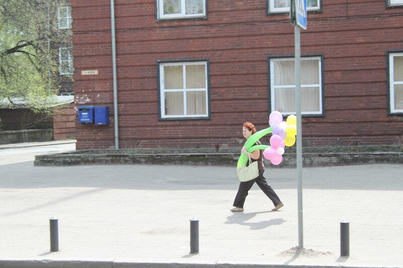 Воздушные шары на Первомай