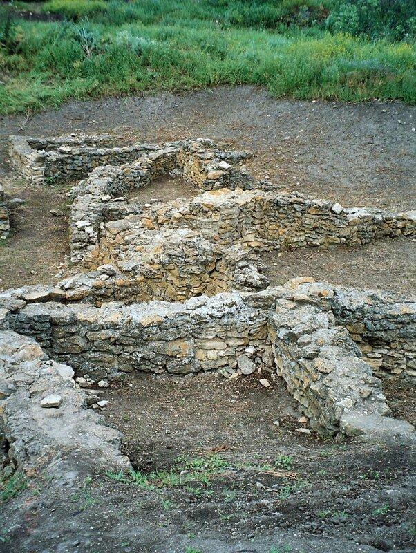 Танаис. Остатки каменных строений