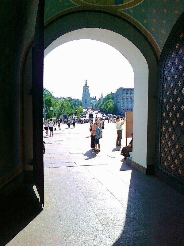 Арка Михайловской колокольни
