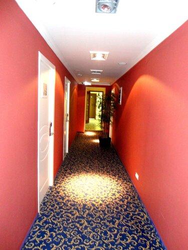Коридоры гостиницы